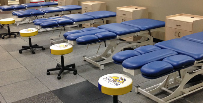 last table leg and shoulder therapy table by The Athletic Edge