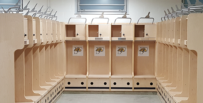 PACE UNIVERSITY LOCKER ROOM