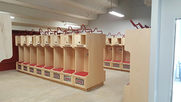 SOUTHERN OREGON UNIVERSITY FOOTBALL LOCKERS