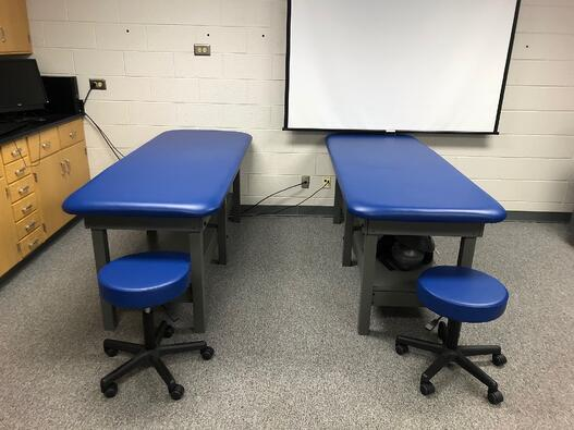 Rogers State Univ. Tables & Rolling Stools